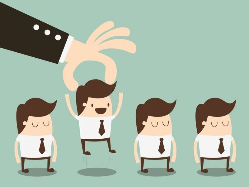 Hãy lựa chọn nhân viên ưu tú để thay bạn quản lý nhân viên còn lại